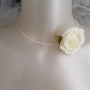 Collier pour mariée au thème champêtre, raffiné, chic, avec rose blanche, Réf. 99